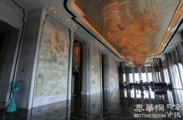 投资30亿,用了400吨翡翠开酒店,一晚房价11万!